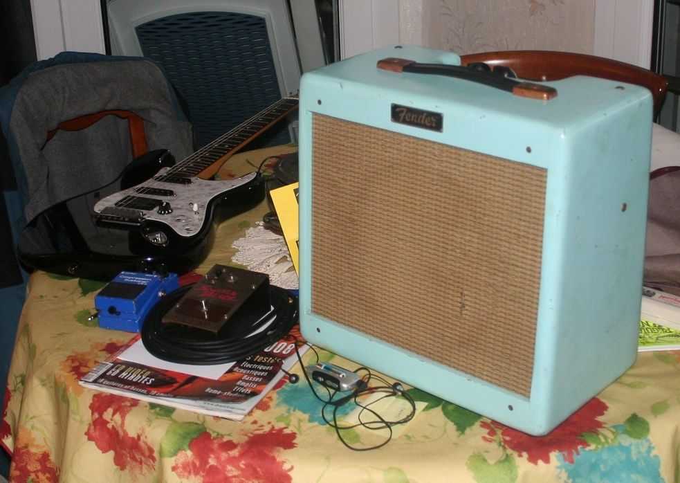Mighty Michaels Fender Relic Pro Junior 1959 RI amplifier